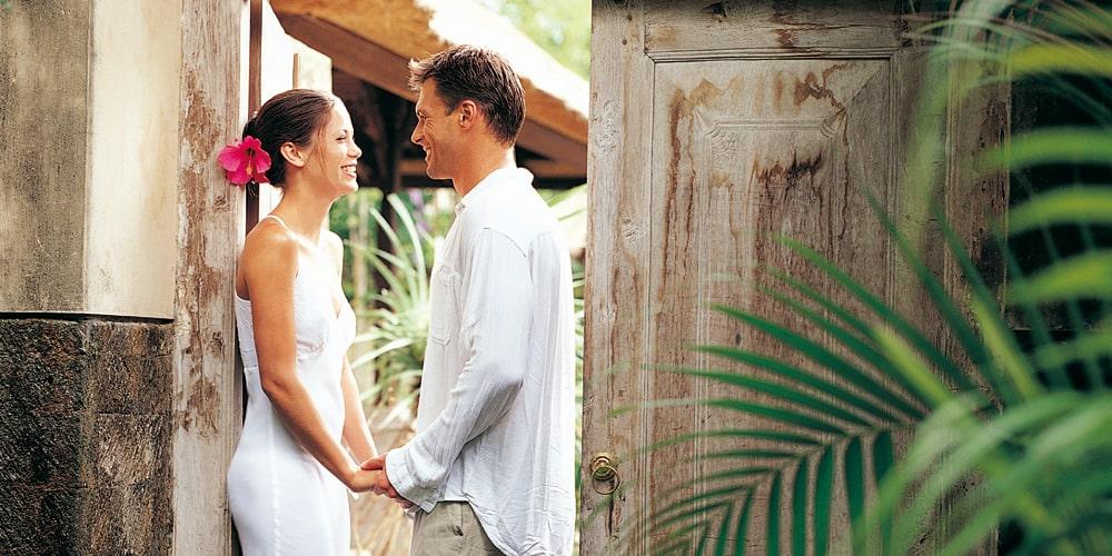 ハワイアンジュエリー結婚指輪ブランドのマカナ