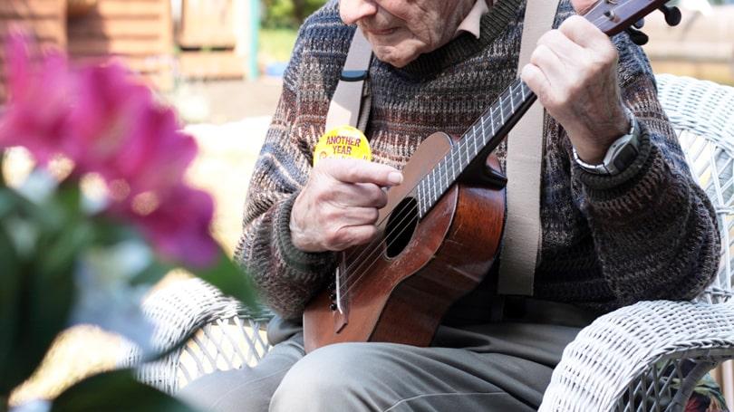 ウクレレ(ukulele)